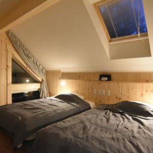 VAROISA 寝室