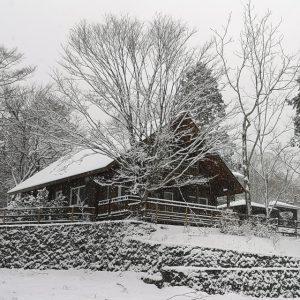 雪の日のVillaSuomi